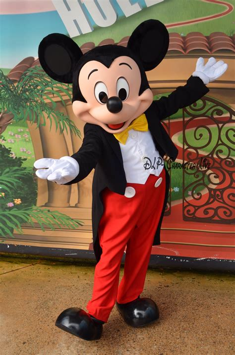 """DLP- Character Live on Twitter: """"The new look of Mickey"""