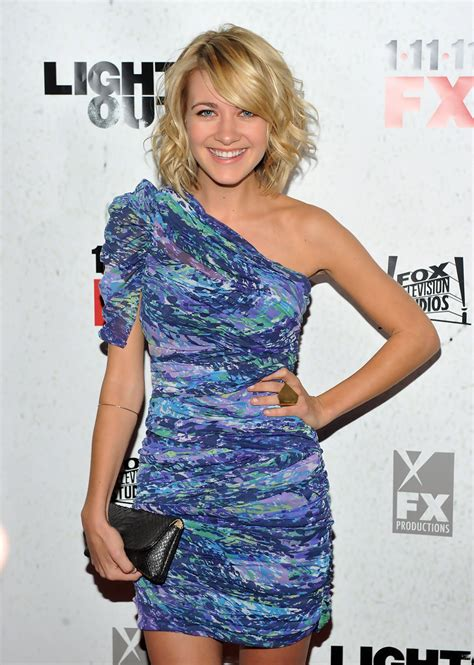 """Meredith Hagner Photos Photos - """"Lights Out"""" New York"""