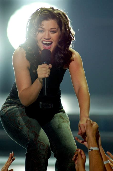 Kelly Clarkson wins the first American Idol in 2002 - New