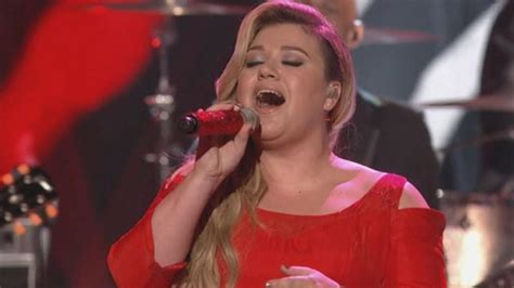 8 Things We Loved About Kelly Clarkson's Amazing 'American