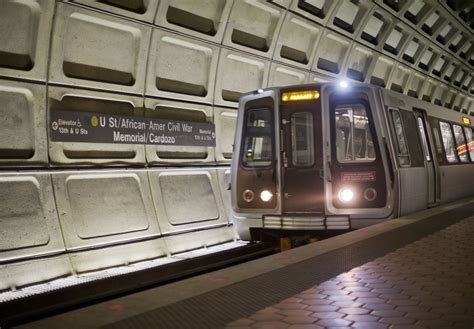 Metro trains running red lights? 'Incomprehensible' | WTOP